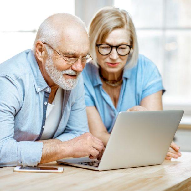 płatności online dla seniorów